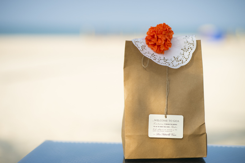Destination wedding giveaways