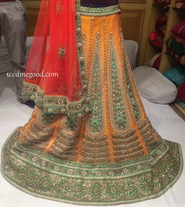 Where to Buy Bridal Lehengas in Chandni Chowk : With Price ...