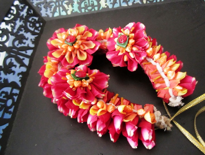 Flower Jewellery For Your Mehendi Check Out Floral Art In Mumbai