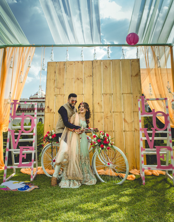 Vibrant Wedding In Jaipur With An Adorable Mehendi