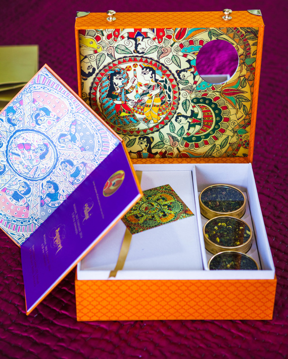 South Indian Wedding Food Menu: Fabulous Indian Wedding Card Accompaniments For Winter