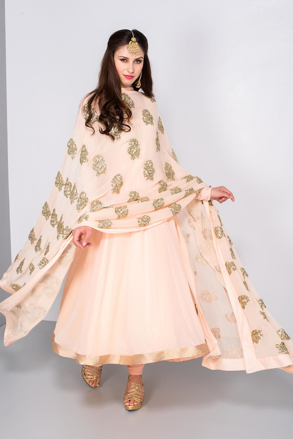 Prathyusha Garimella Peach Anarkali With Sequin Embroidery Dupatta