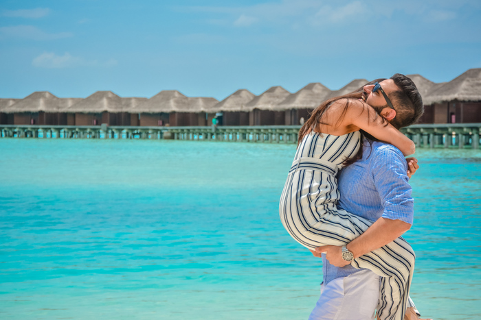 Punta Cana Resorts >> HoneymoonDiaries: This Couple Got A Honeymoon Shoot Done in Maldives And It's Amazing!, | WedMeGood