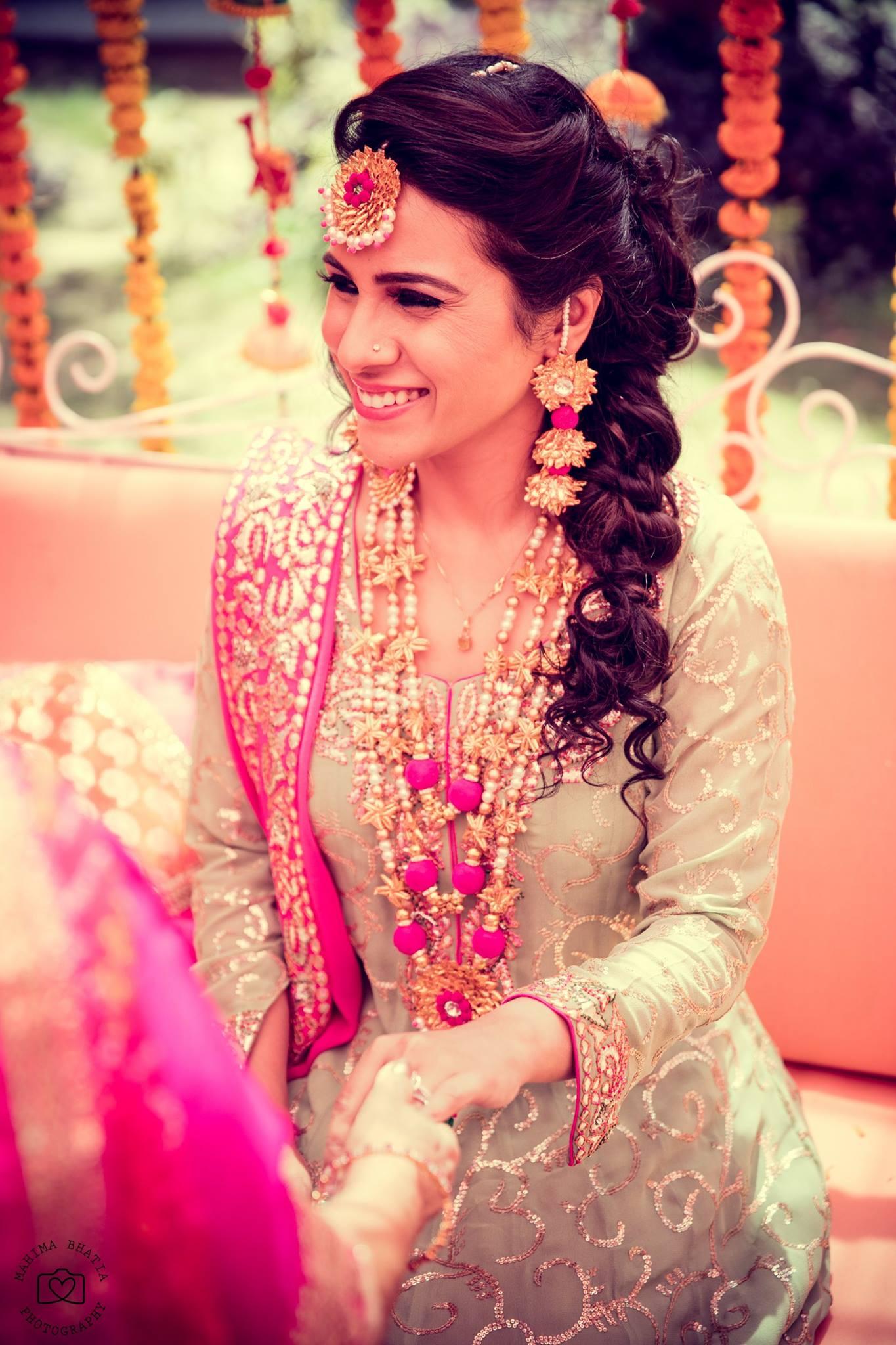 Flower Jewellery On Mehndi : Floral gota jewellery looks on real brides we are