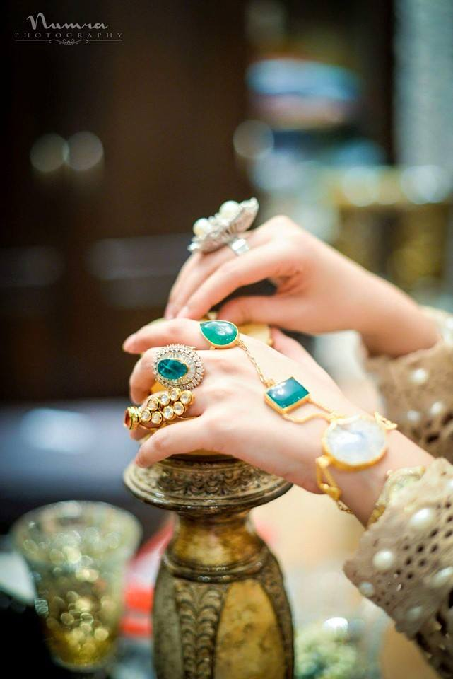 Hands Dpz: From Dainty To Edgy: The Coolest, Trendiest Hand Jewellery