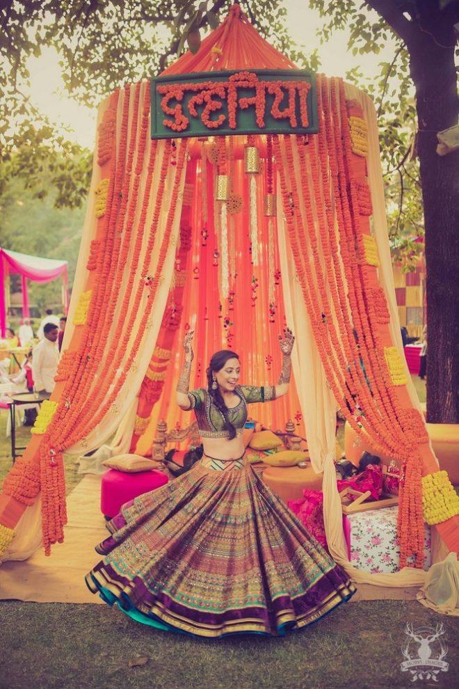 Mehndi Jhoola Decoration : How to pimp up your mehendi jhoola ideas decor tips