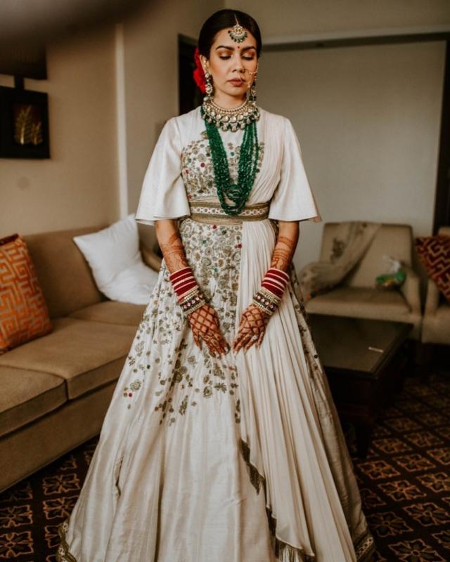 5 Brides Who Slayed In A White Lehenga On Their Wedding